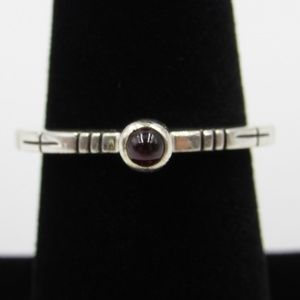 Vintage Size 7 Sterling Small Red Garnet Ring